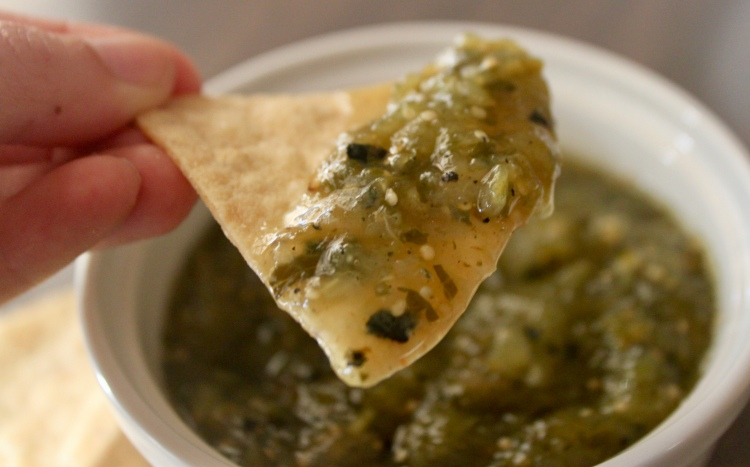 Easy tomatillo salsa recipe